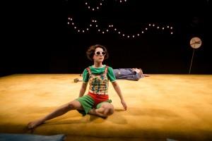 Jeramee, Hartleby and Oooglemore, Unicorn Theatre. Amalia Vitale as Hartleby, Fionn Gill as Oooglemore. Photo Richard Davenport