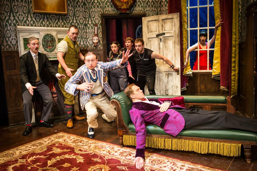 The current cast of The Play That Goes Wrong