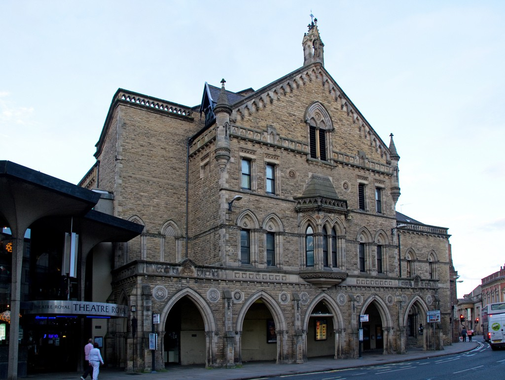 Taxi-York-Theatre-Royal